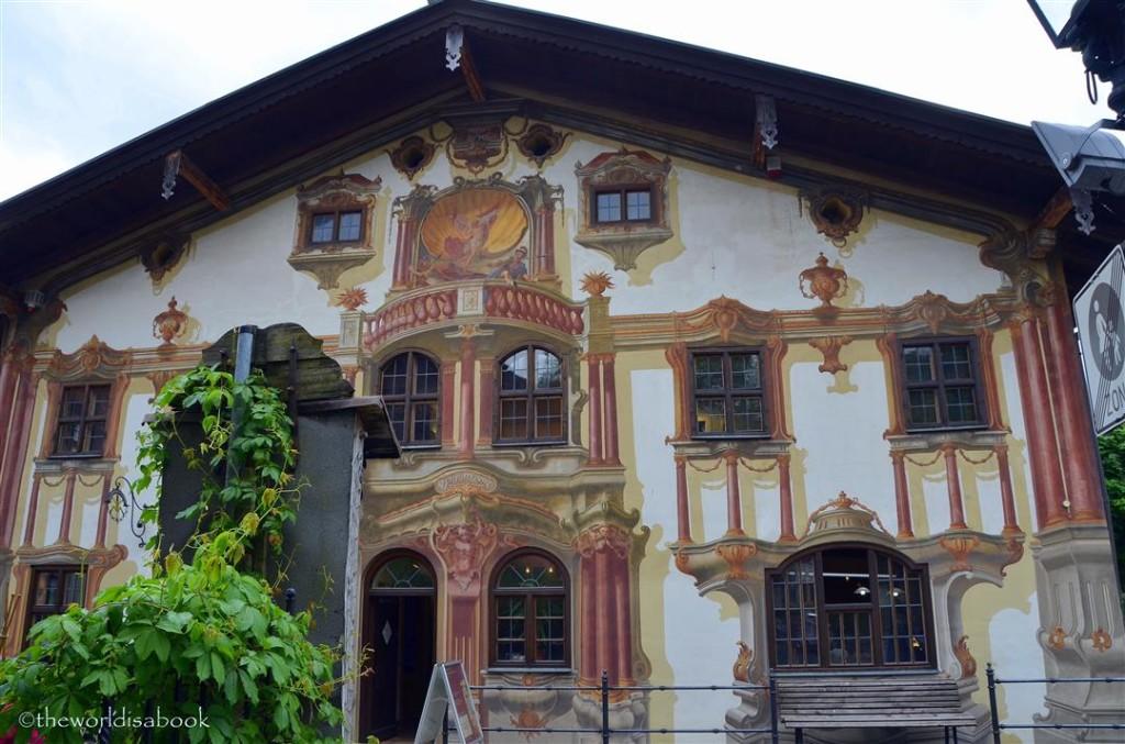 Oberammergau frescoes luft