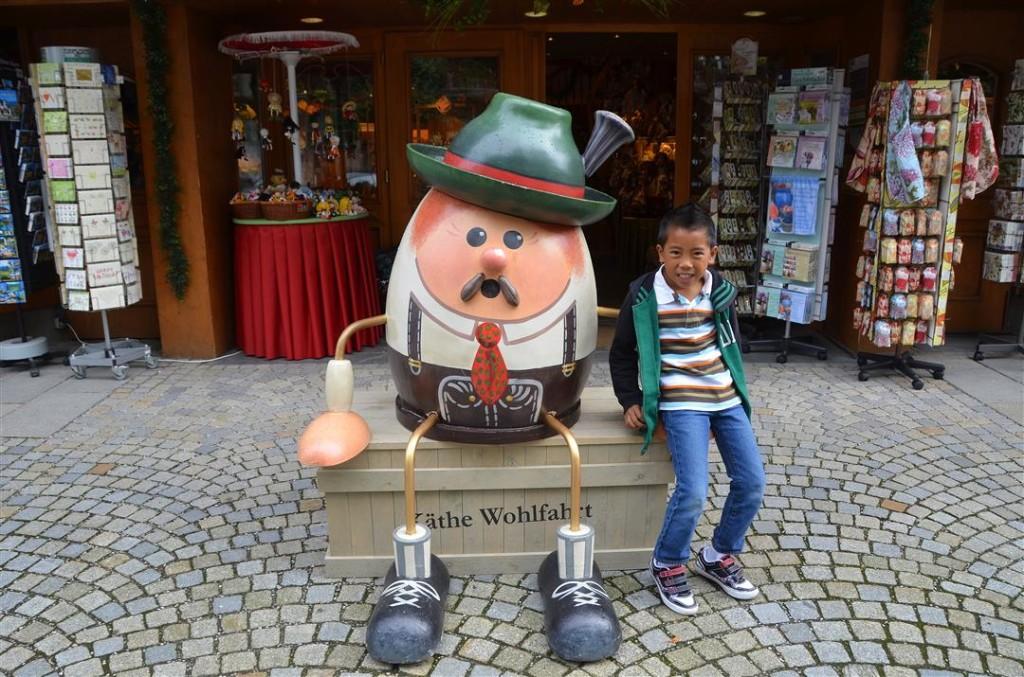 Oberammergau humpty dumpty