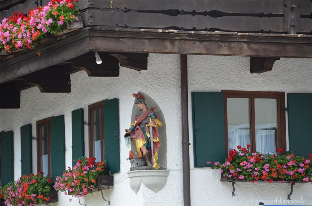 Oberammergau window statue