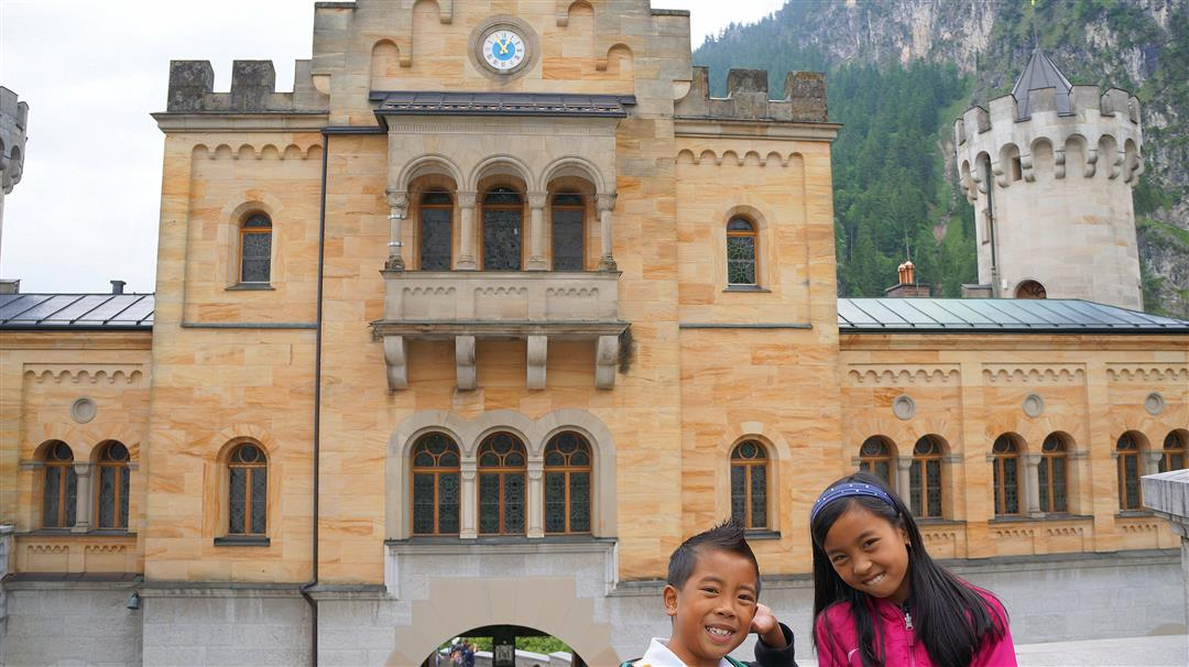 Neushwanstein Gate house