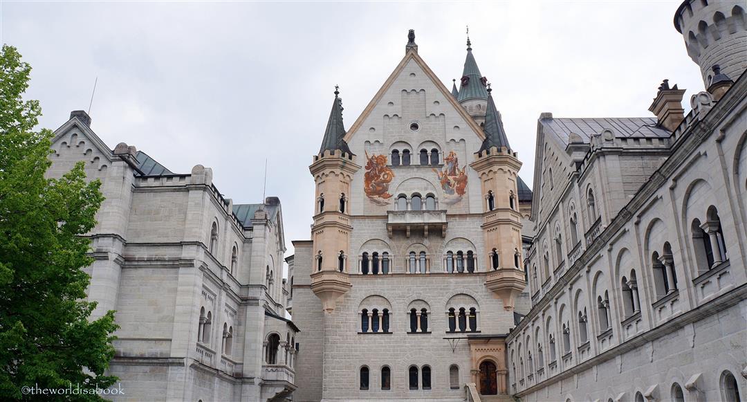 Neushwanstein castle courtyard