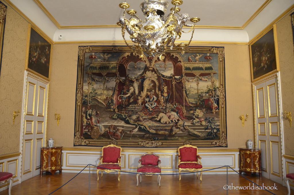 Munich Residenz sparse room