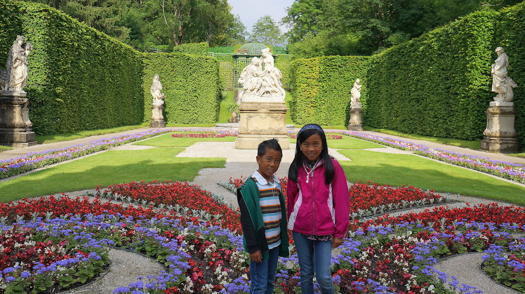 Linderhof Palace garden