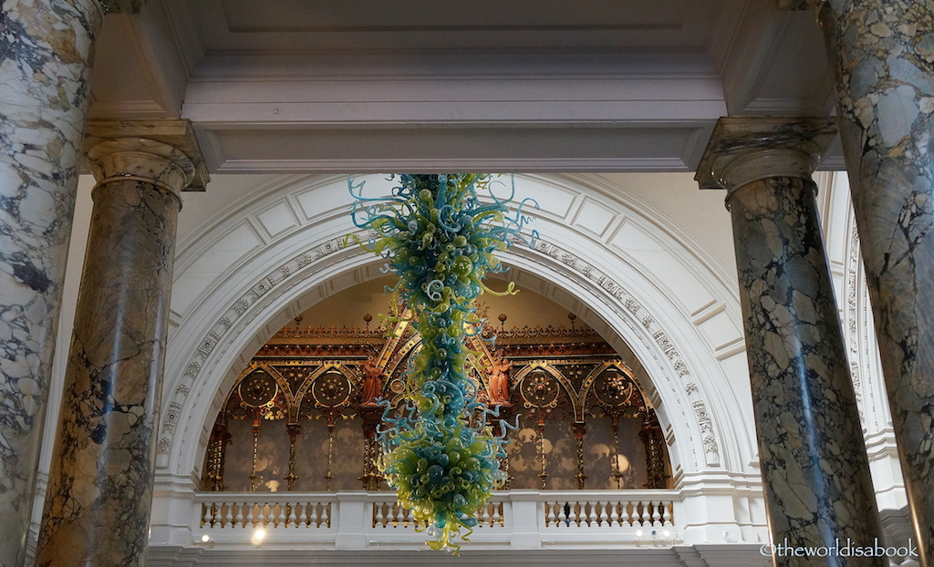 V&A Museum Chihuly