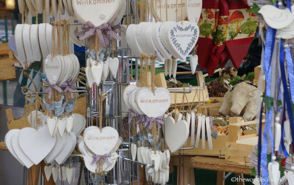 Viktualienmarkt crafts