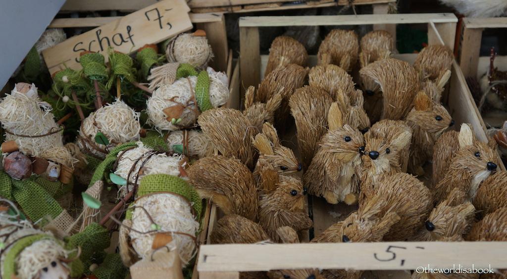 Viktualienmarkt squirrels