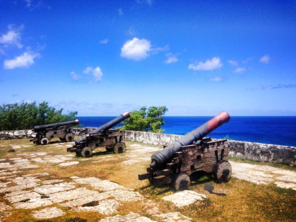 Guam guns