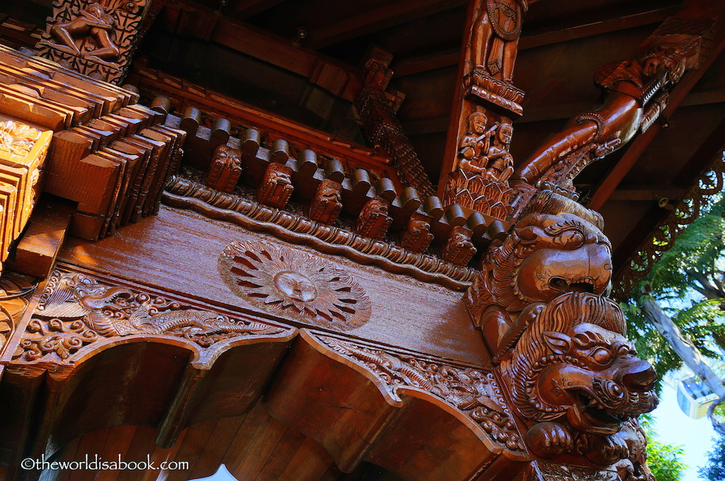 South Bank Nepalese Pagoda details