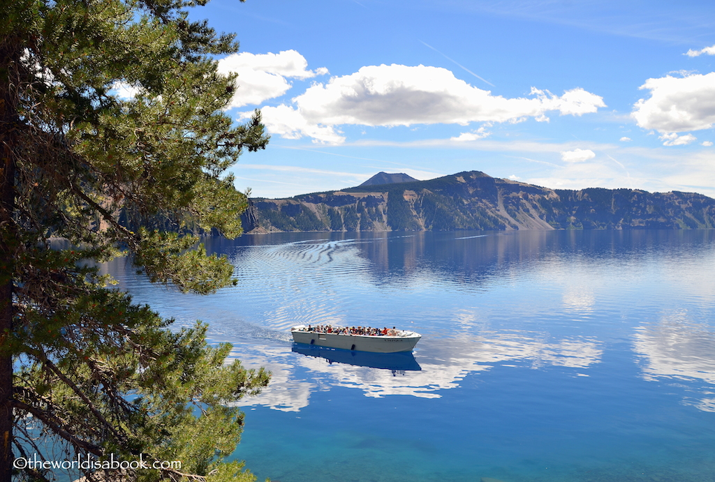 Crater Lake Volcano cruise