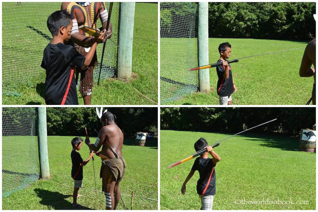 Tjapukai Aboriginal Park spear throwing