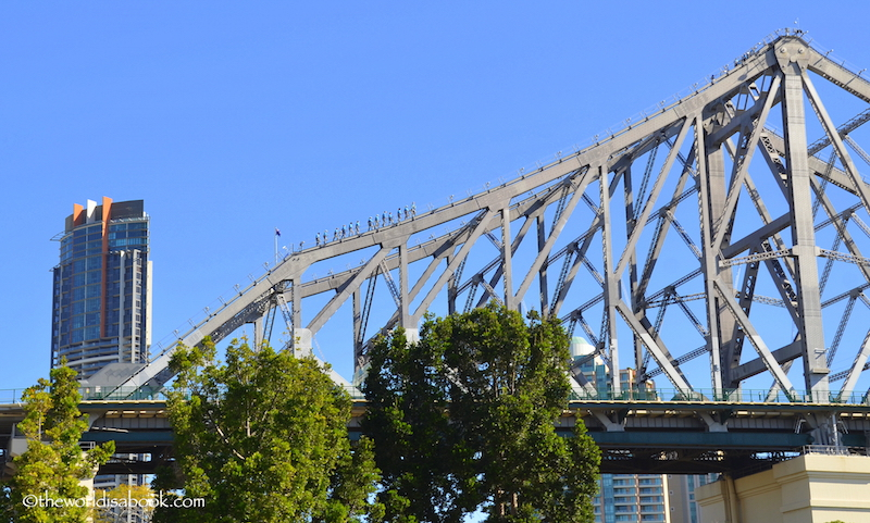 Brisbane Story Bridge climbers