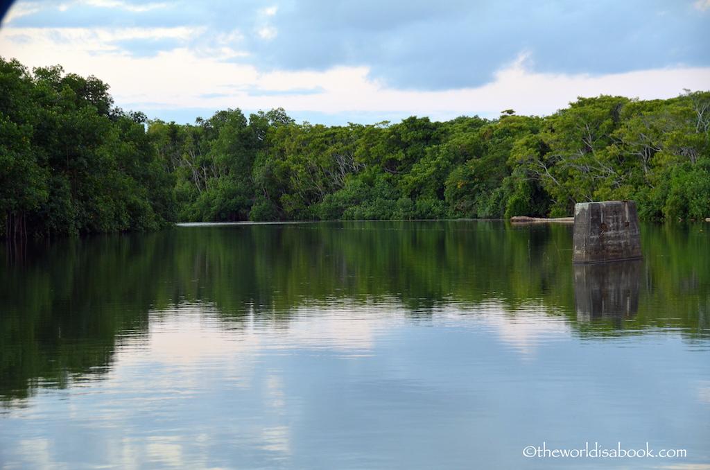 Fiji Robinson Crusoe Jetty lagoon