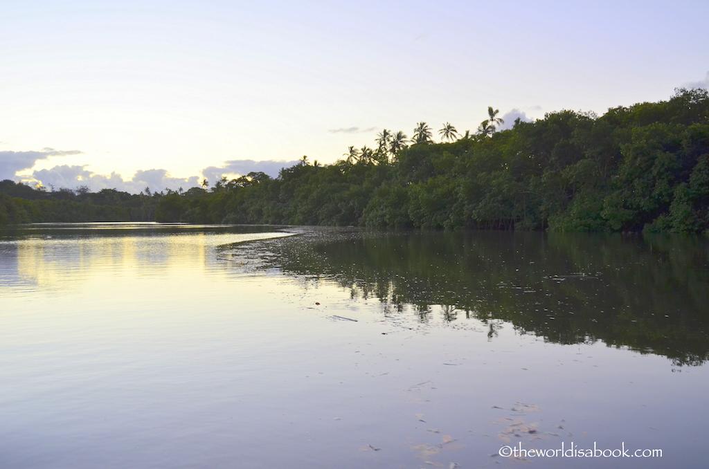 Robinson Crusoe jetty lagoon Fiji