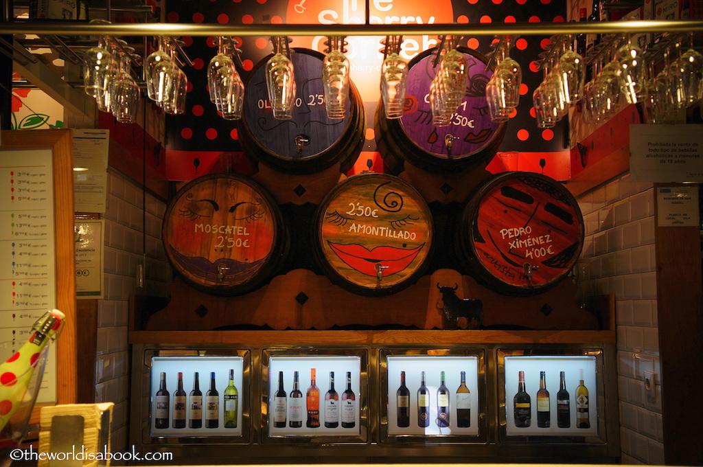 Mercado de San Miguel wine