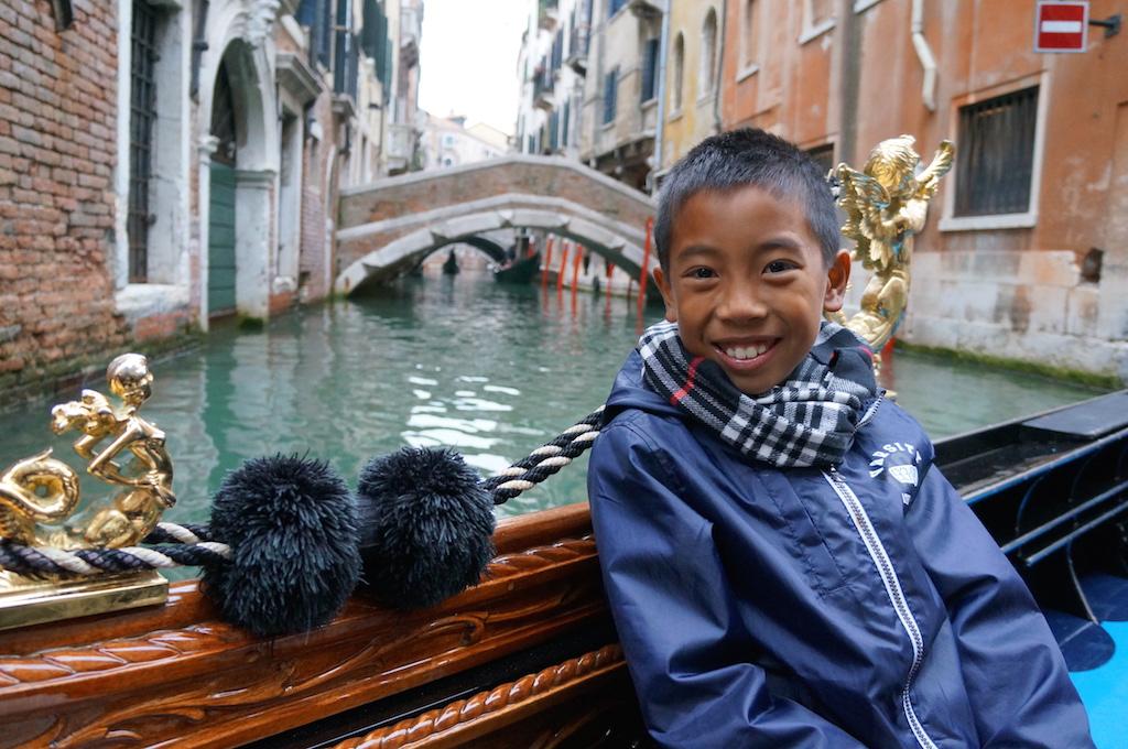 Venice with kids gondola ride