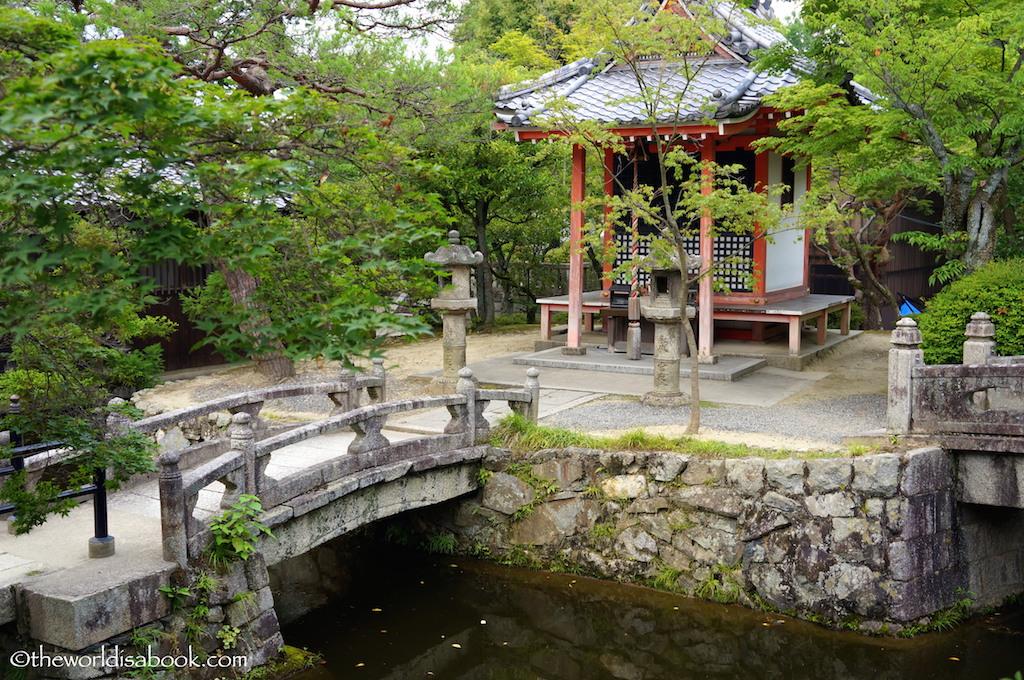 Kiyomizudera grounds