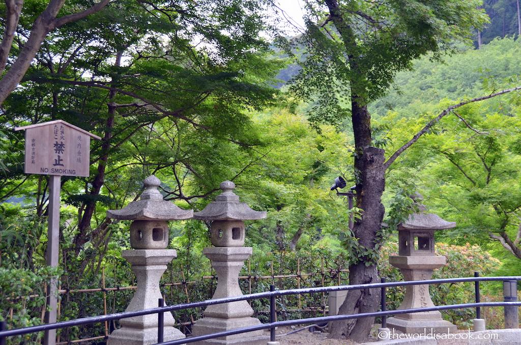 Kiyomizudera temple path