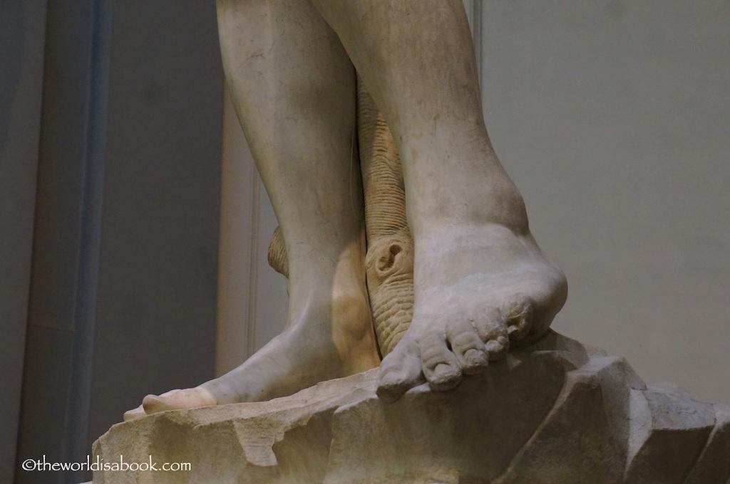 Florence David feet