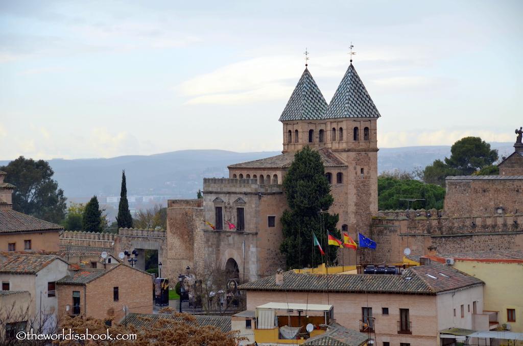 Toledo Bisagra Nueva Gate