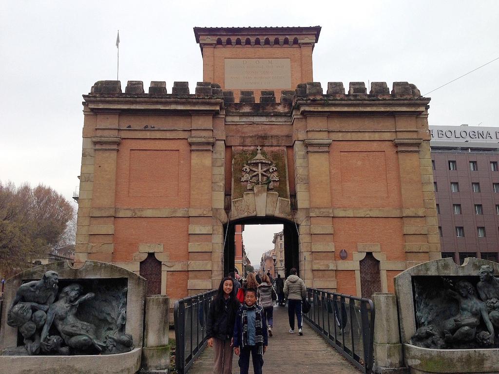 Bologna gateway