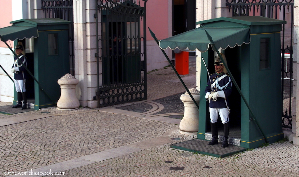 Belem Palace guards