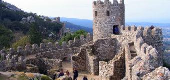 Exploring the Moorish Castle of Sintra