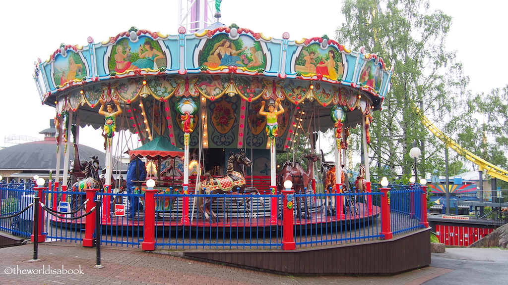Linnenmaki Carousel