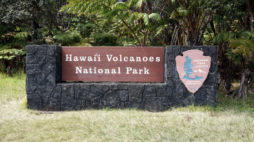 Volcanoes National Park sign