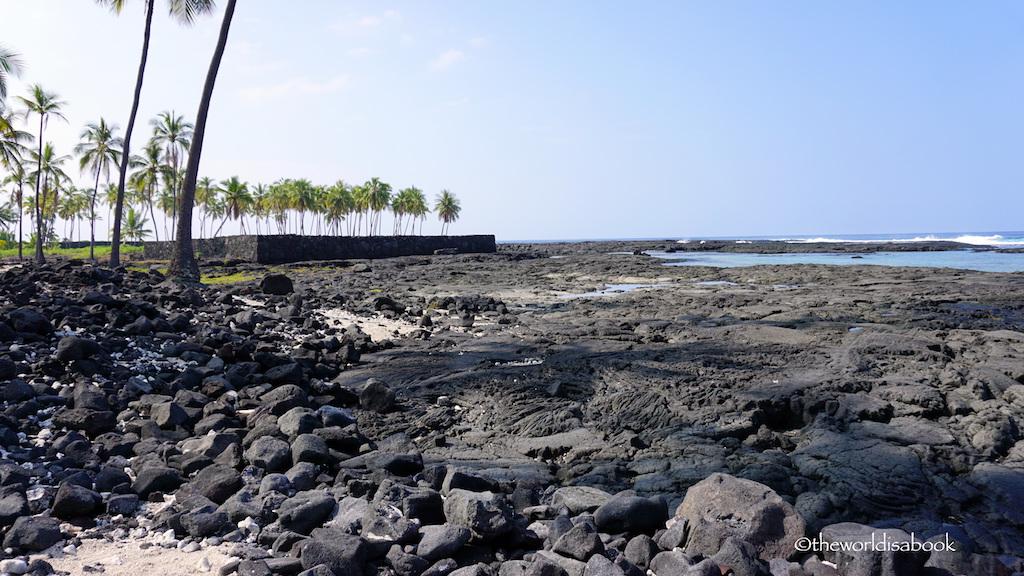 Puʻuhonua o Hōnaunau National Historical Park beach