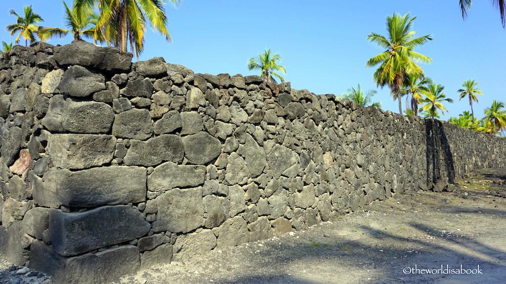 Puʻuhonua o Hōnaunau National Historical Park wall