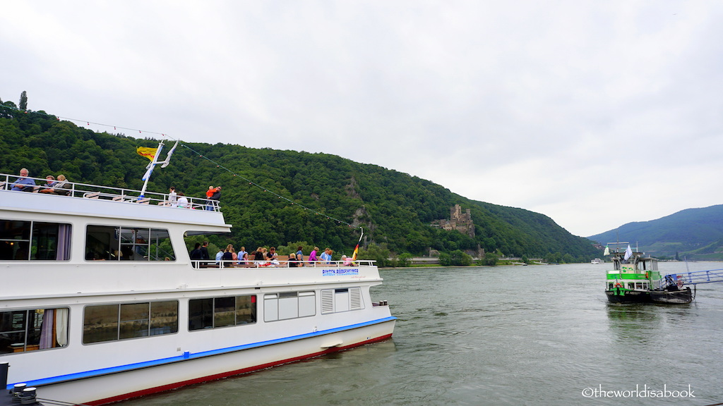 Rhine river cruise Germany Assmanshausen