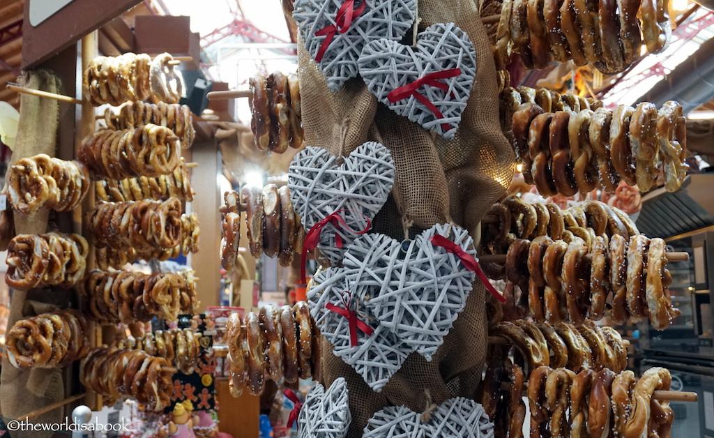 Colmar market pretzel