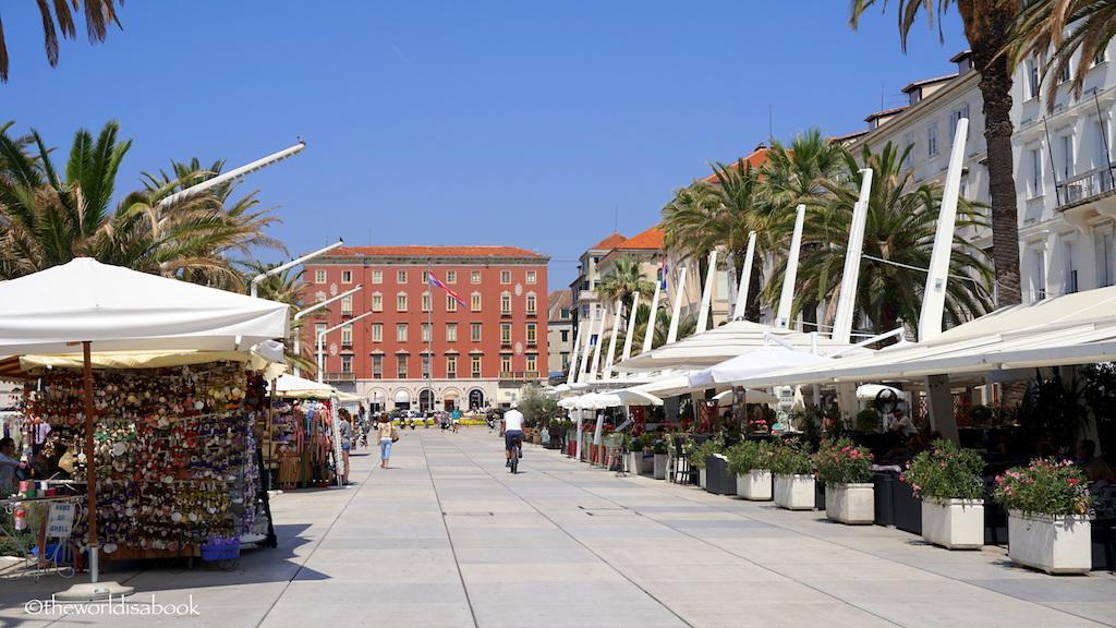 Split Riva boardwalk