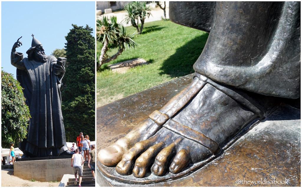 Split Statue of Gregory Nin